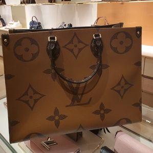 Louis Vuitton On The go